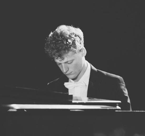 Alexander McKenzie Piano